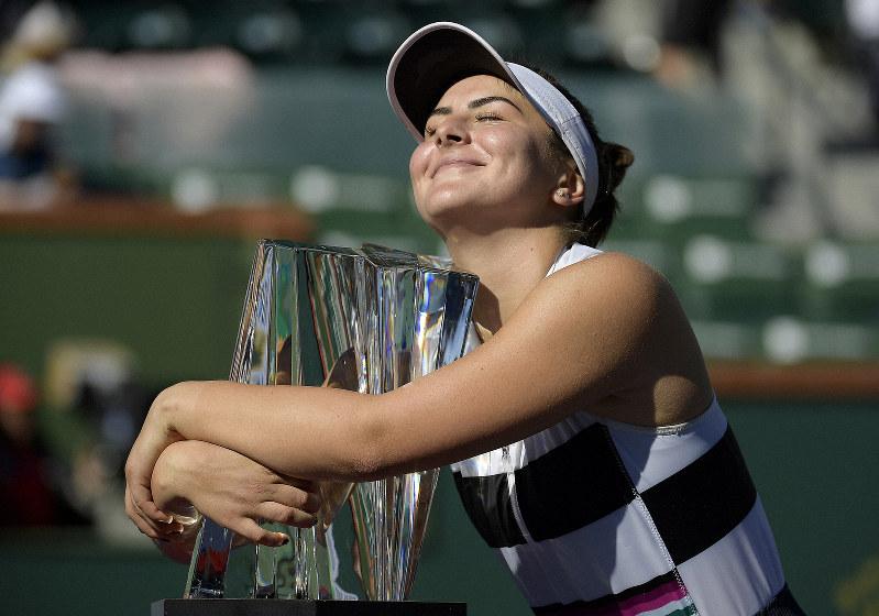 Teen sensation Andreescu stuns Kerber to win Indian Wells title