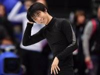 世界選手権開幕を控えた練習で笑顔の羽生結弦=さいたまスーパーアリーナで2019年3月19日、宮間俊樹撮影