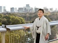 皇太子さまとの思い出を語る小山泰生さん=パレスサイドビル屋上で、竹内紀臣撮影