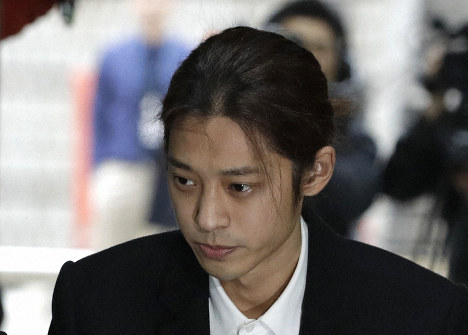 K-pop singer Jung Joon-young arrives to attend a hearing at the Seoul Central District Court in Seoul, South Korea, March 21, 2019. (AP Photo/Lee Jin-man)