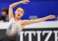 女子フリーに向けて練習する坂本花織=さいたまスーパーアリーナで2019年3月22日、宮間俊樹撮影