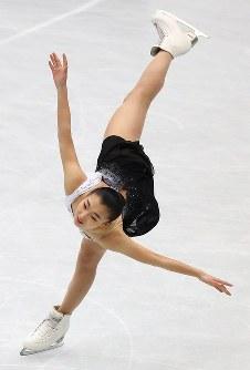 女子フリーで演技する坂本花織=さいたまスーパーアリーナで2019年3月22日午後9時5分、佐々木順一撮影