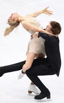アイスダンスで2位になったヴィクトリア・シニツィナ、ニキータ・カツァラポフ組のフリーダンスの演技=さいたまスーパーアリーナで2019年3月23日、佐々木順一撮影
