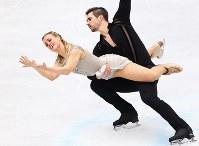 アイスダンスで3位になったマディソン・ハベル、ザッカリー・ドノヒュー組のフリーダンスの演技=さいたまスーパーアリーナで2019年3月23日、佐々木順一撮影