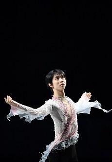 エキシビションで演技する羽生結弦=さいたまスーパーアリーナで2019年3月24日、宮間俊樹撮影