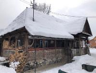 ルーマニア北西部の伝統家屋=スルビ村で2019年1月22日、三木幸治撮影