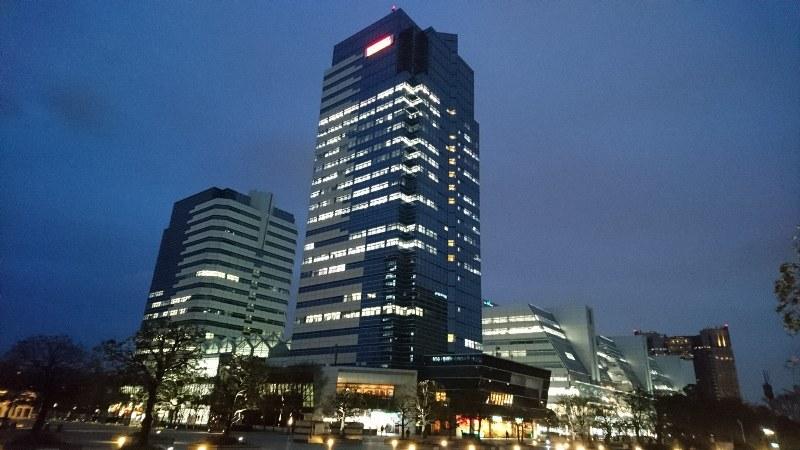 パチスロ機製造最大手で、フィリピンでカジノとホテルの運営も行うユニバーサルエンターテインメントの本社