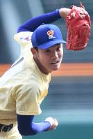 【習志野-星稜】星稜の先発・奥川=阪神甲子園球場で2019年3月28日、山崎一輝撮影