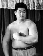プロレスラー転向を表明した大相撲の元横綱双羽黒の北尾光司氏=1988年6月撮影