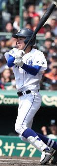 【習志野-明豊】一回裏明豊無死、表が左越え本塁打を放つ=阪神甲子園球場で2019年4月2日、玉城達郎撮影