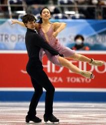 【フィギュア世界国別対抗戦】アイスダンスでフリーダンスで演技をする小松原美里、ティム・コレト組=マリンメッセ福岡で2019年4月12日、上入来尚撮影