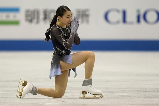 フィギュアスケート 世界国別対抗戦:第3日 女子フリー ペア
