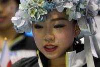 【フィギュア世界国別対抗戦】女子フリー演技終了後、キスアンドクライでうつむく紀平梨花=2019年4月13日、AP