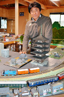 鉄道博物館への思いを語る木川泰弘さん=香川県三豊市で、山中尚登撮影