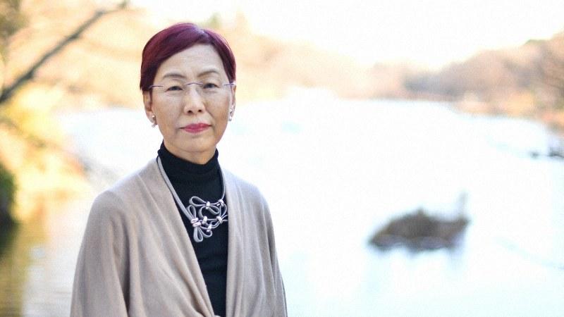 社会学者の上野千鶴子さん=東京・井の頭公園で2017年1月11日、中村藍撮影