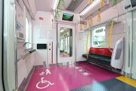 山手線「E235系」の各車両に設置されているフリースペース=JR東日本提供
