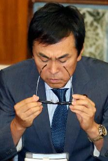 石原伸晃氏▼2014年6月=東京電力福島第1原発事故の除染に伴う中間貯蔵施設建設の地元交渉について「最後は金目(かねめ)でしょ」と発言