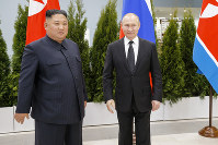 Russian President Vladimir Putin, right, and North Korea's leader Kim Jong Un pose for a photo during their meeting in Vladivostok, Russia, on April 25, 2019. (AP Photo/Alexander Zemlianichenko, Pool)