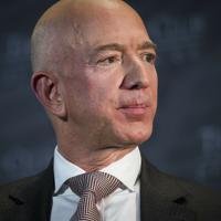 アマゾン・コムのジェフ・ベゾスCEO=AP
