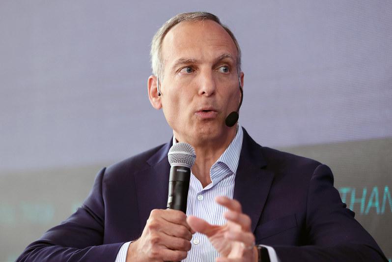 ブッキング・ホールディングスを率いるグレン・D・フォーゲル最高経営責任者(Bloomberg)