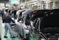 目標原価を達成するためには、サプライヤーとの密な協働が必要だ(トヨタ自動車の生産ライン)