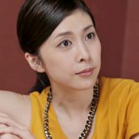 女優の竹内結子さん(お相手は俳優の中林大樹さん)=2015年7月9日、三村政司撮影