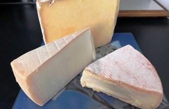 食後のチーズ=筆者撮影