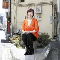 「身近に楽しそうな中高年がいると、若者の意識が変わると思います」=東京都豊島区で、小川昌宏撮影