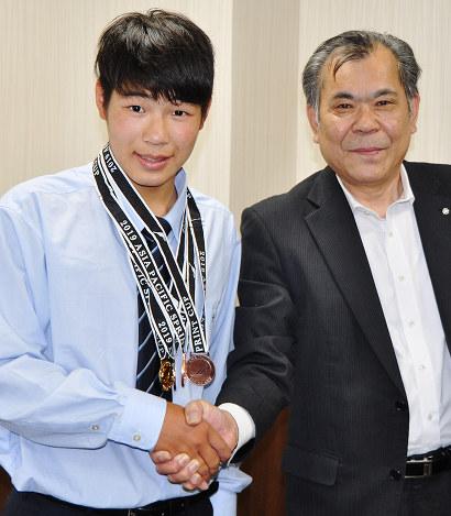 カヌー:スプリントの国際大会 川本・島根中央高1年の小鑓さん ...