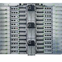 スパコン「富岳」の試作機。スパコンの中枢であるCPUを最大48個搭載できる「シェルフ」=富士通提供