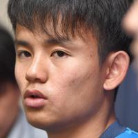 サッカー日本代表に初めて選出され、抱負を語るFC東京の久保建英=東京都小平市で2019年5月23日、藤井太郎撮影