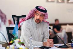 ファリハ大臣はアラムコの会長も兼任(Bloomberg)