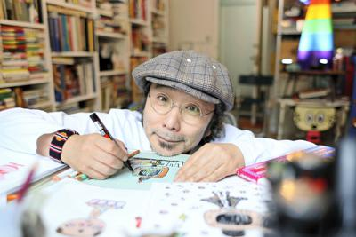 イラストレーターの安齋肇さん=横浜市中区で2019年4月24日、尾籠章裕撮影