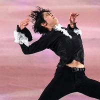 演技を披露する羽生結弦=千葉市美浜区で2019年5月24日、竹内紀臣撮影