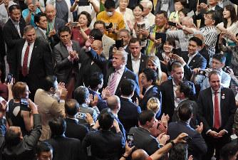 「トランプ大統領 大相撲観戦」の画像検索結果