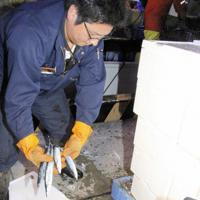 初水揚げされた公海サンマ=根室市花咲港で2019年5月28日、本間浩昭撮影