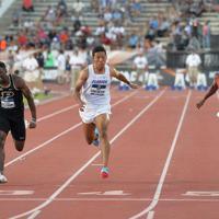 陸上の全米大学選手権男子100メートル決勝で、9秒97の日本新記録をマークしたサニブラウン・ハキーム(左から3人目)=米テキサス州オースティンで2019年6月7日、隅俊之撮影