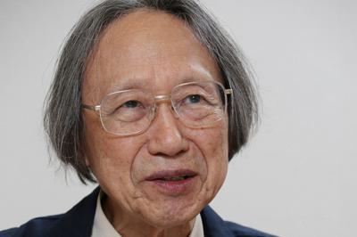 インタビューに答える中西進さん=京都市上京区で2019年6月4日、大西達也撮影