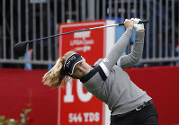 Brooke Henderson, of Canada, hits a tee shoot on the 10th hole during the final round of the Meijer LPA Classic golf tournament,on June 16, 2019, in Grand Rapids, Mich. (AP Photo/Al Goldis)