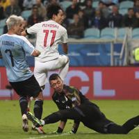 サッカー南米選手権【日本-ウルグアイ】後半、2点目となるゴールを決めた日本の三好=ブラジル・ポルトアレグレで2019年6月20日、AP