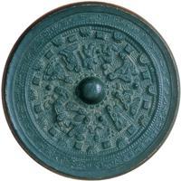 隅田八幡神社が所有する人物画象鏡。考古資料では全国に47件しかない国宝の一つだ=和歌山・橋本市あさもよし歴史館提供