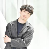 映画「劇場版ファイナルファンタジーXIV 光のお父さん」に主演する坂口健太郎=大阪市北区で、小松雄介撮影