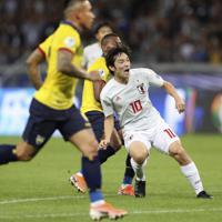 サッカー南米選手権【日本-エクアドル】前半、日本の中島が先制ゴールを決める=ブラジル・ベロオリゾンテで2019年6月24日、AP