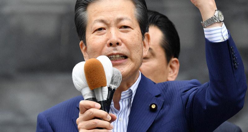 参院選が公示され、第一声を上げる公明党の山口那津男代表=神戸市中央区で2019年7月4日午前10時46分、猪飼健史撮影