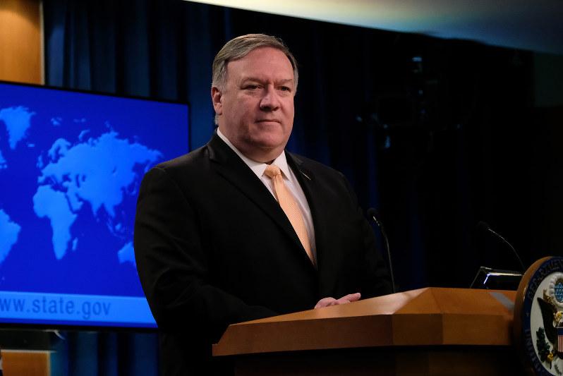 ポンペオ米国務長官は世界各地でファーウェイ排除を呼びかけているが、応じる国はごく少数だ(Bloomberg)