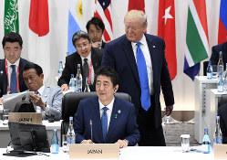 日米安保を「改定必要」としたトランプ氏の発言は計算ずくだった?(大阪市のG20会場で、6月29日)