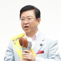 礒崎陽輔氏(自民・大分)