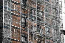資産価値維持のために定期的な修繕は必須だ