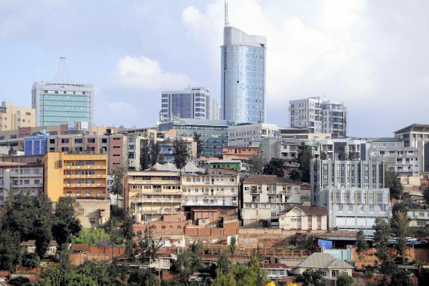 ルワンダ:虐殺25年(その1) アフリカの奇跡、光と影 発展の裏に ...