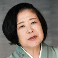 みとりや介護について語る作家の山口恵以子さん=東京都千代田区で2019年7月5日、藤井太郎撮影
